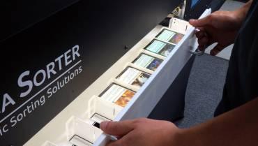 Empresa co-fundada por ex-membro Sense desenvolve robô para classificação automática de cartas de Magic